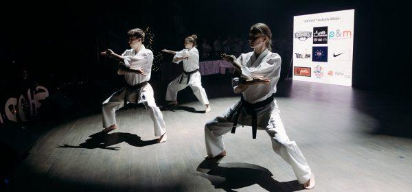 """Karatė kyokushin mokyklos """"Shodan"""" Kalėdų šventė"""